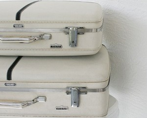 http://www.apartmenttherapy.com/chicago/travel/5-uses-for-vintage-suitcases-059341